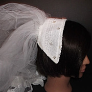 1950s Vintage Bridal Veil & Headpiece White Crochet Lace & Pearls New Old Stock