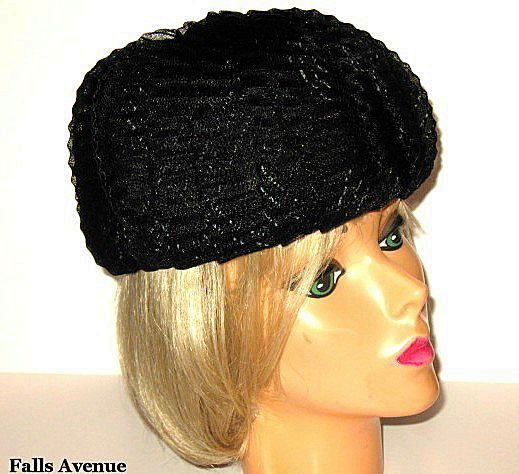 1960s Vintage Black Tulle Hat Pill Box Style with Velvet Button