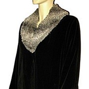 1960s Vintage Black Velour Coat with Faux Lamb Collar Rainmaster Size Medium