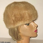 1960s Vintage Golden Fawn or Blonde Mink Hat