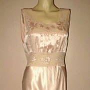 1940s Vintage Lingerie Pale Pink Satin & Lace Nightgown Size Medium