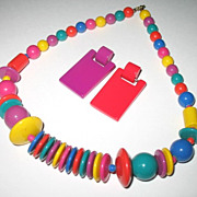 1980s Vintage Fun Lucite Rainbow Colored Necklace