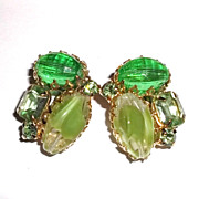 1950/60s Vintage Lime Green Glass Earrings