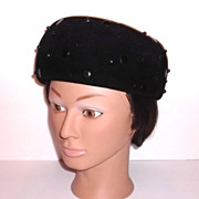 1960s Vintage Black Velvet Plush Pill Box Hat Chateau Original