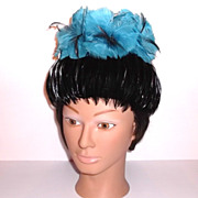 1950s Vintage Black & Teal Feathered Hat
