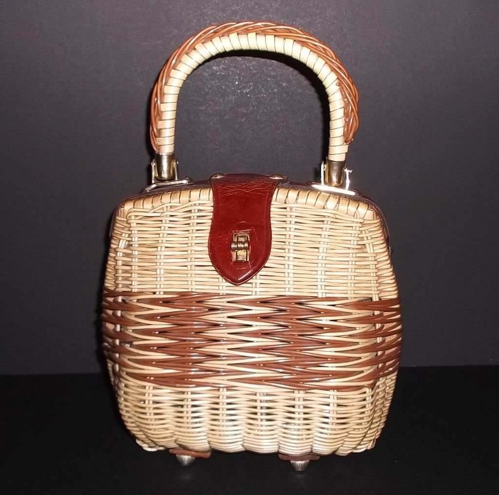 1960s Vintage Du Val Rattan and Leather Footed Handbag