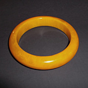 1930s Vintage Marbled Butterscotch Bakelite Bangle