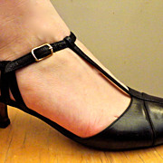 SALE VINTAGE 80S Silvia Fiorentina Black Italian Leather Pointed Toe Pump Shoes High Heels ...