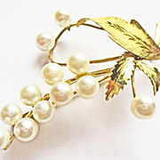 Cultured Pearl Pin ~ circa 1950's