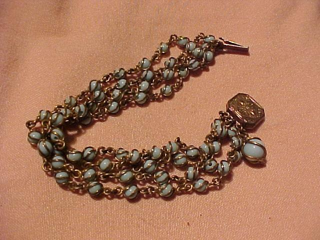 Pretty Vintage Bracelet With Blue Stones