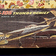 Complete Vintage 1958 Aurora Famous Fighters Republic F-105 Thunderchief Airplane 1/78 Scale P