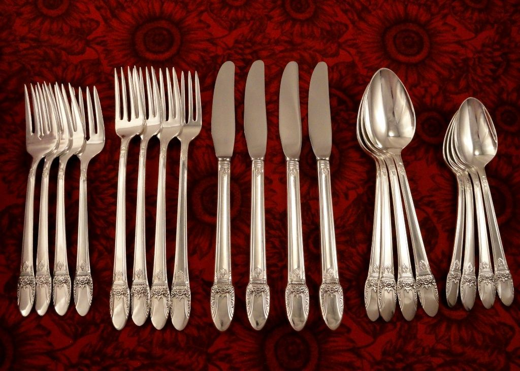 1847 rogers first love art deco silverware set vintage 1937 silver from firesidetreasures on. Black Bedroom Furniture Sets. Home Design Ideas