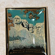 SALE 1950's Vintage Mount Rushmore Souvenir Glass Tray