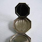 Vintage 1940s Terri Silver Metal Compact BEAUTIFUL!
