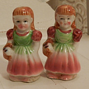 Beautiful Ceramic Peasant Girls with Baskets - Cork bottoms