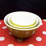 Pyrex Nesting Bowl Set  Olive Greens and Yellow Set