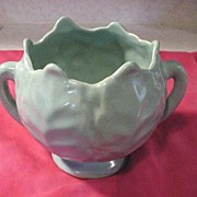 1930's MONMOUTH of ILLINOIS Old Matte Green Pottery Urn 2 Handled Vase