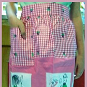Fun Sayings Apron for Golfing and For Hair Styling  Pink Gingham