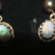 SALE Vintage 14K Gold Opal Natural Earrings Dangle