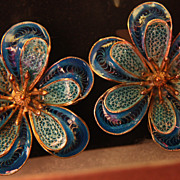 SALE Vintage Earrings Clip On Flower 900 Turquoise Blue Color