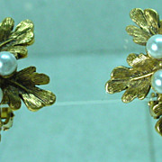 Elegant Florenza Gold Leaf and Pearl Earrings, 1960s
