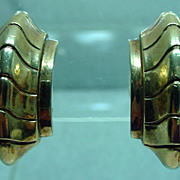 1940s Trifari Clip On Gold Tone Earrings, Classic!