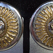 1980�s Rosecraft Gold and Silver Sun Clip On Earrings.