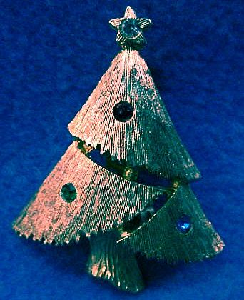 Christmas Tree Pin Very Dainty
