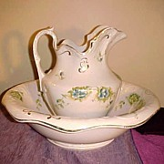 Excellent Victorian Pitcher & Wash Basin Set w/Nice Floral Pattern