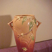 Excellent Roseville Snowberry IVI-10 Handled Vase