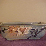 Very Nice Roseville Magnolia 2 Handle Window Box Model # 389-8