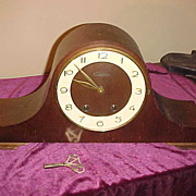 Nice Sounding Vintage Art Deco Humpback Style 8 Day Clock