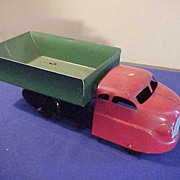 Nice 1930's Pressed Steel Red & Green Dump Truck