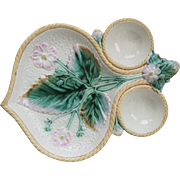 Rare Etruscan Majolica Strawberry Server