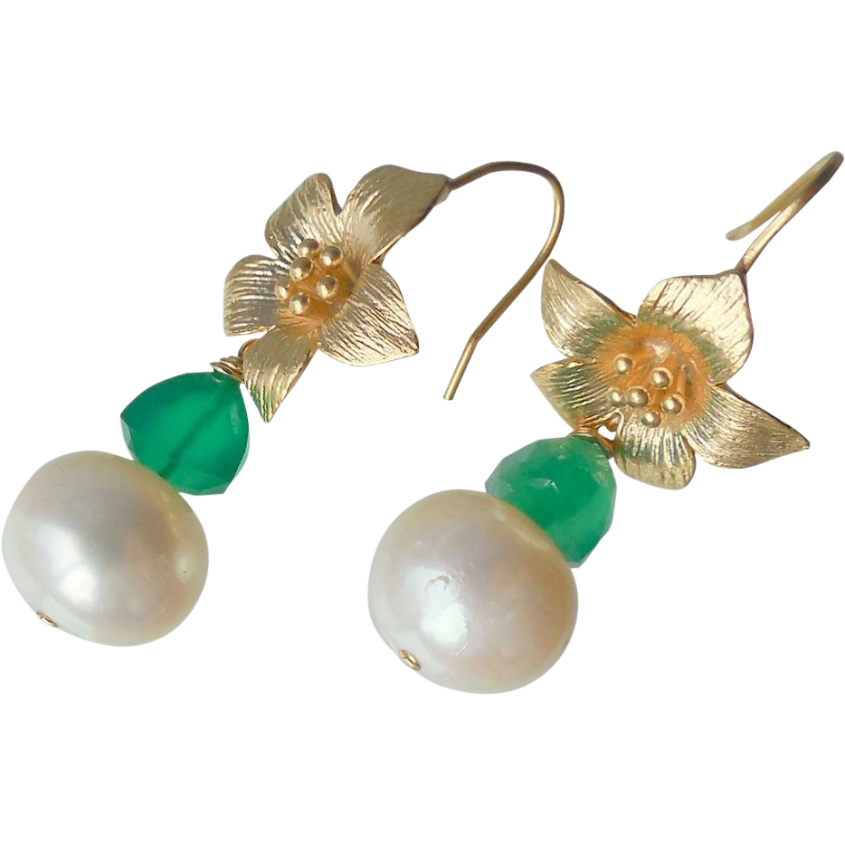 Emerald Green Onyx and Freshwater Pearl Flower Drop Earrings