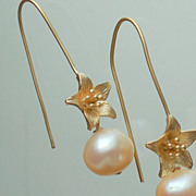 SALE Peach Pearl Flower Drop Earrings