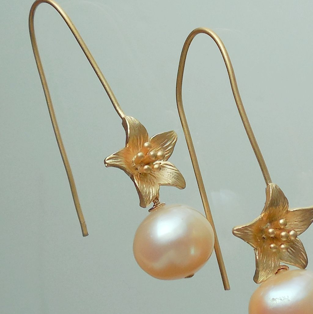 Peach Pearl Flower Drop Earrings