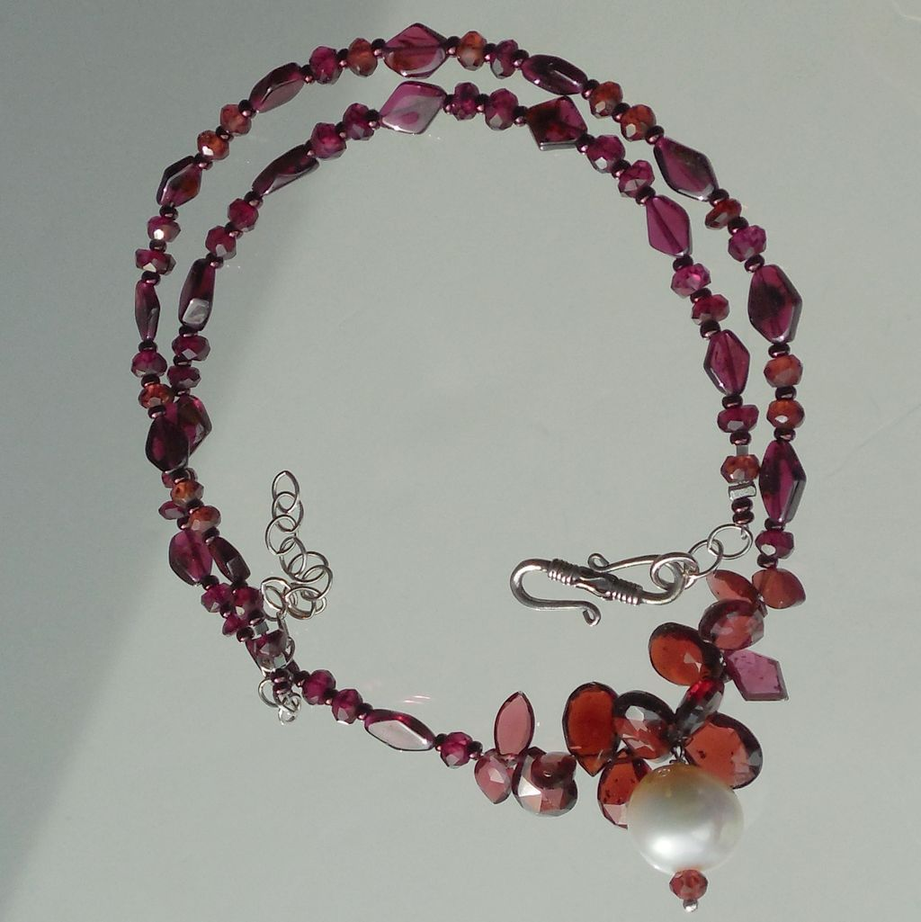 Garnet and Pearl Necklace - Elegant Twilight Drops of Red