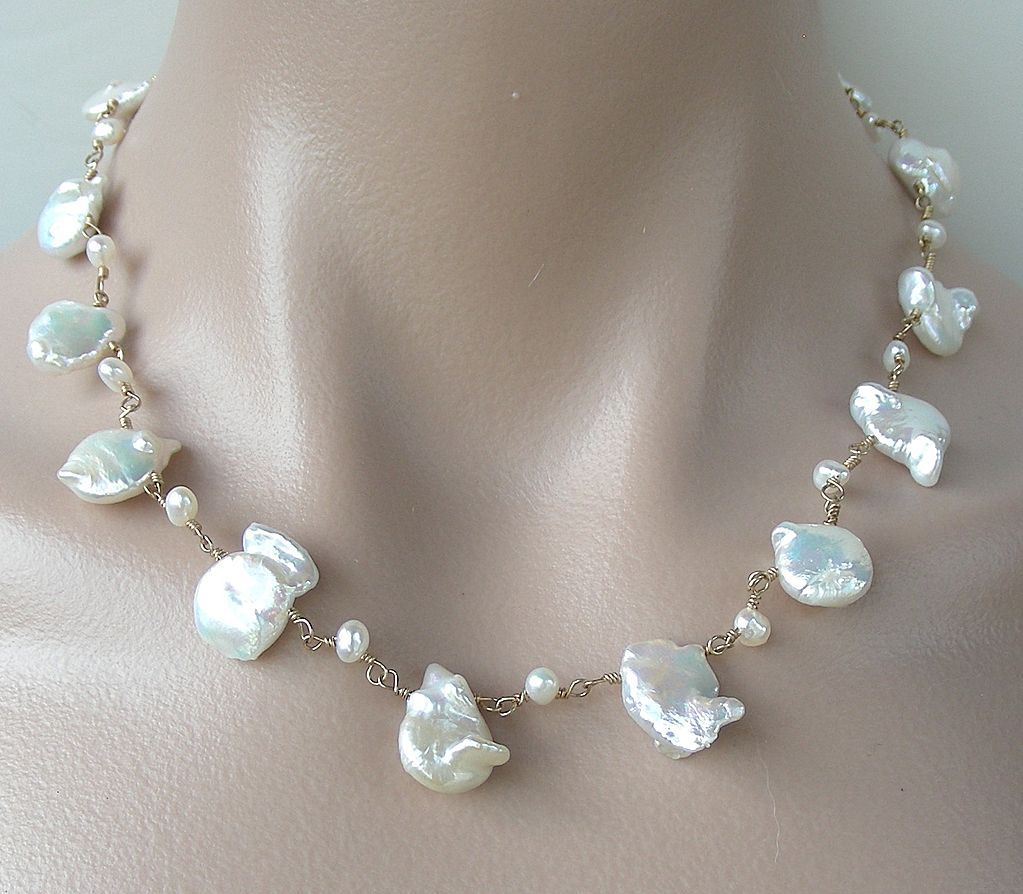 Baroque Freshwater Cultured Pearls Tin Cup Necklace