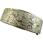 Fine Antique Victorian Silver Engraved Oval Cuff Bracelet
