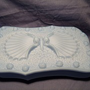 Imperial Glass Doeskin Box- Seashell Design