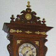 SALE Gorgeous and Unusual Freeswinger Wall Clock !!
