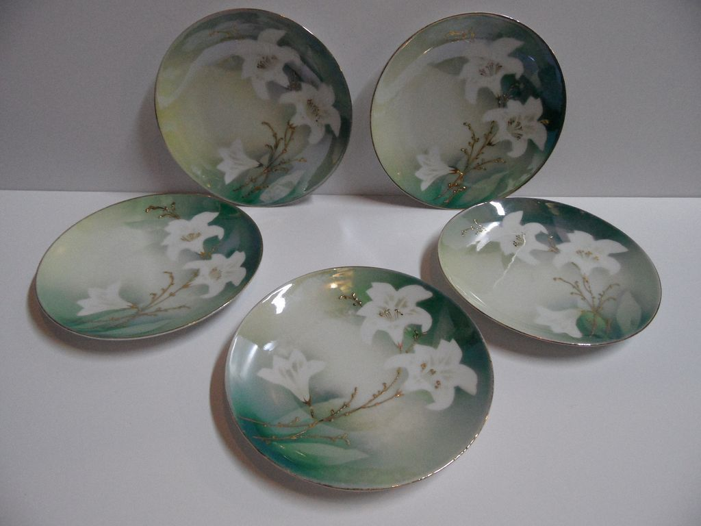 5 R.S. Prussia Germany &quot;Lily&quot;  Luster Plates Set~Show Stoppers!