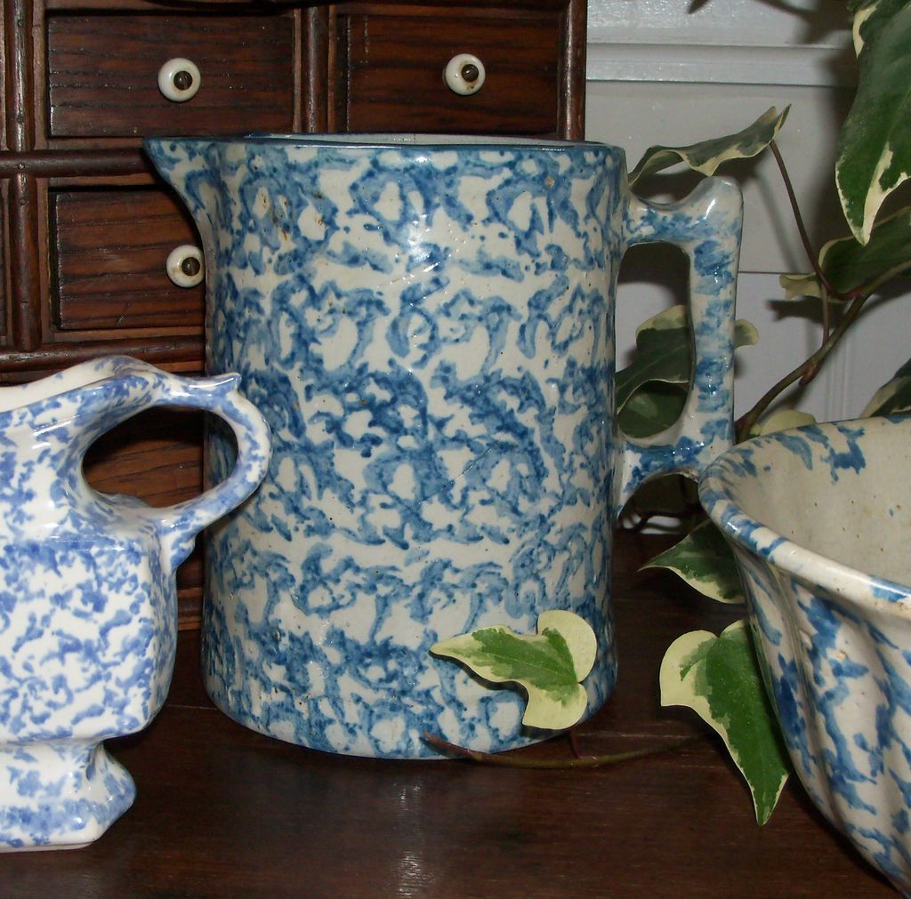 Antique Blue and White Spongeware Pitcher (6 3/4&quot;)