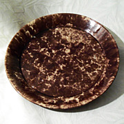 Antique Rockingham - Bennington Pottery Pie Plate - 9 1/2&quot;
