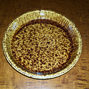 "Rockingham - Bennington Style Pottery - Pie Plate  10 1/4"" - Morton Pottery"