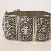 Chinese export large hand made sterling silver bracelet, very beautiful, marked.