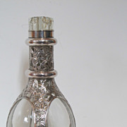 Chinese export antique large bottle decorated with silver bamboo leafs. Marked.