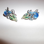 Great looking Coro 40's screw back earrings, enamel, plastic moon glow