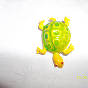 Vintage 70's enamel yellow green turtle brooch